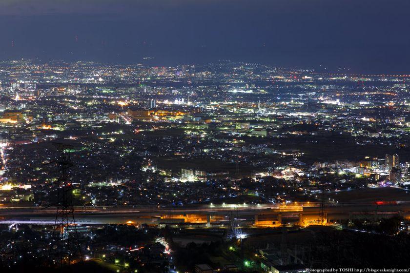 交野山 観音岩からの夜景 枚方方面 02