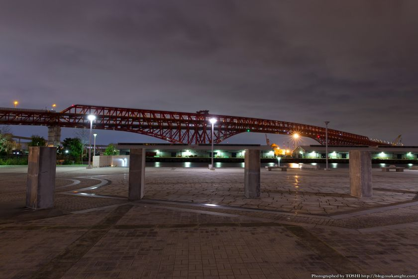 築港 赤レンガ倉庫 親水護岸から港大橋の夜景
