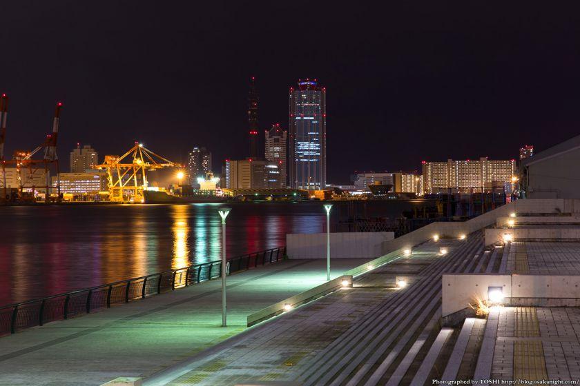 築港 赤レンガ倉庫 親水護岸の夜景 02