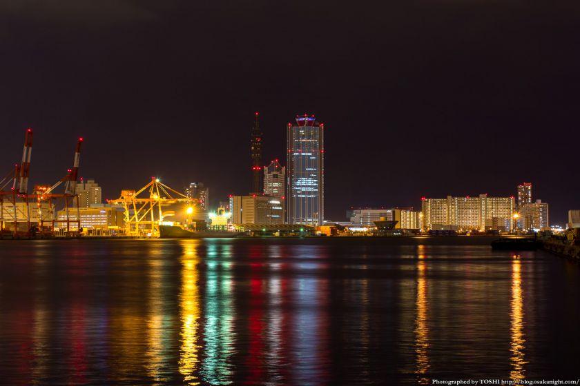 築港 赤レンガ倉庫 親水護岸から南港方面の夜景