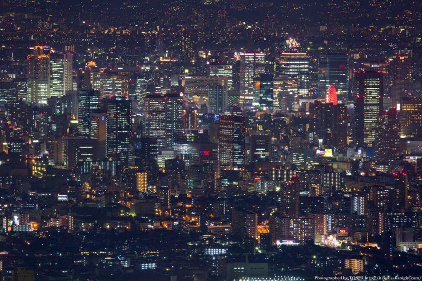 大阪の超高層ビル群 夜景 from 生駒山 2014年10月 01