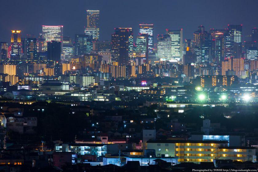 大阪の超高層ビル群 夜景 from 箕面 2014年10月 02