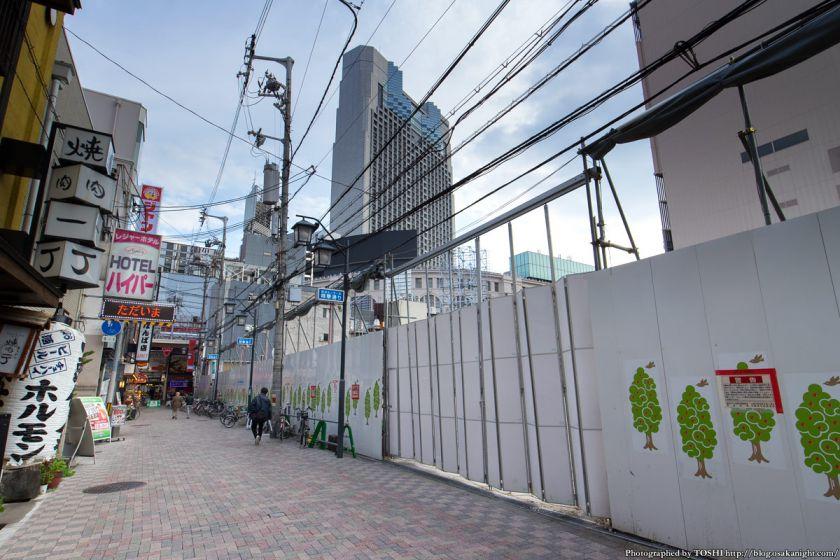 精華小学校跡地 2015年4月 01 精華通り