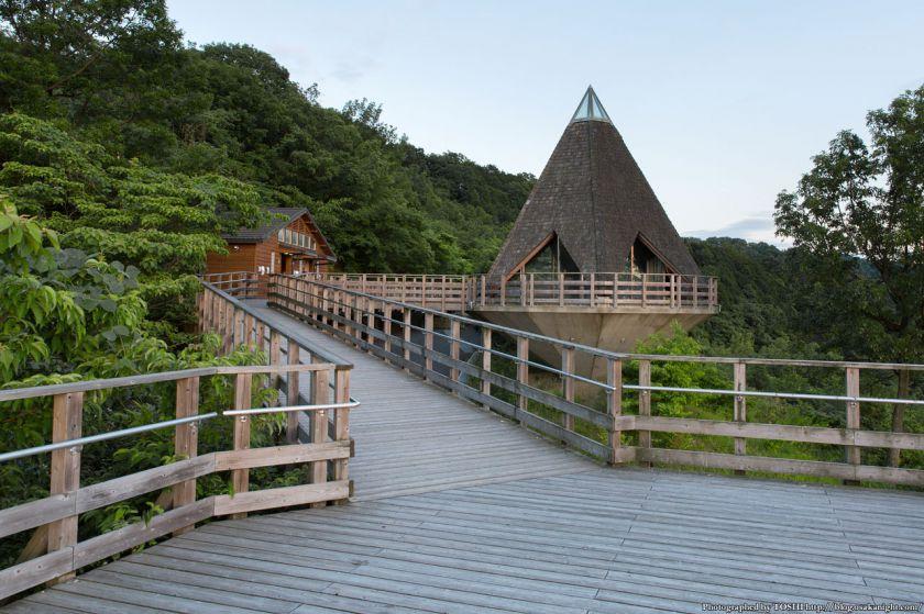 生駒山 なるかわ園地 みはらし休憩所の様子