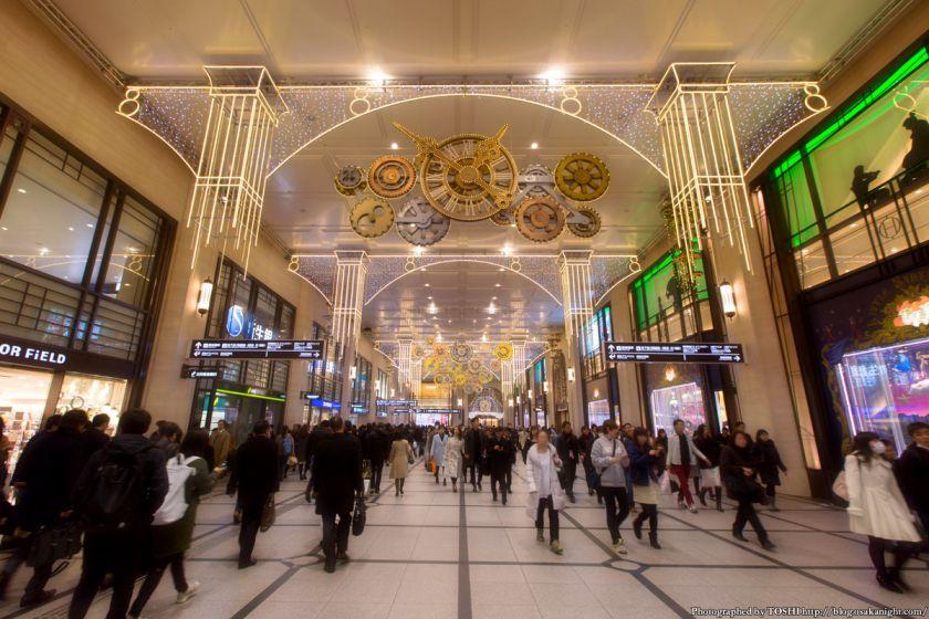 阪急梅田駅コンコース イルミネーション 0号線のPLATFORM 01