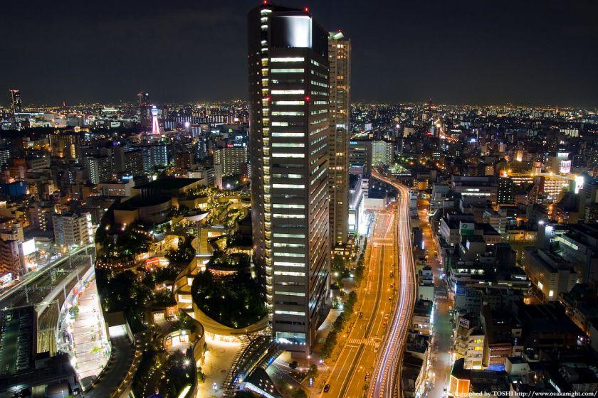 スイスホテル南海大阪から なんばパークスの夜景