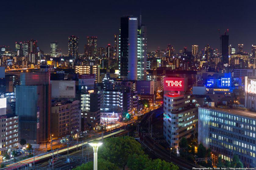 キーエンス本社ビル 夜景 from レム新大阪 2016年6月