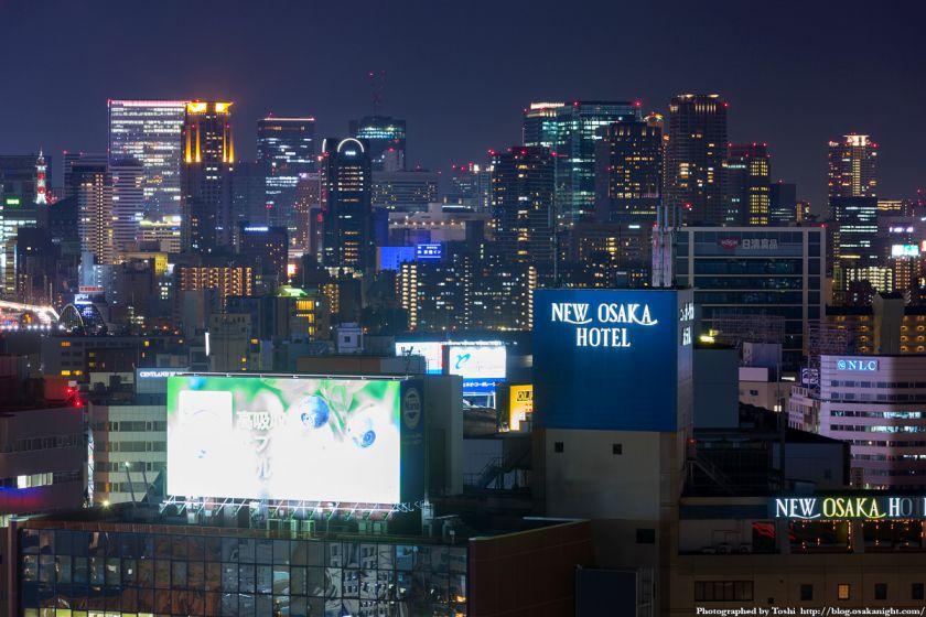 梅田の超高層ビル群 夜景 from レム新大阪 2016年6月 02