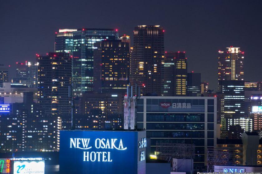 梅田の超高層ビル群 夜景 from レム新大阪 2016年6月 04