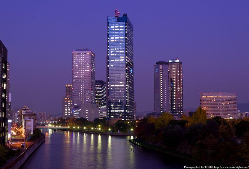 大坂橋から見たOBP方面の夕景
