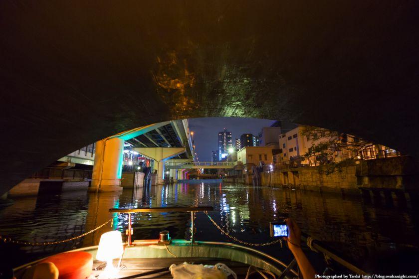 東横堀川クルーズ 高麗橋の桁下 夜景 2016年9月