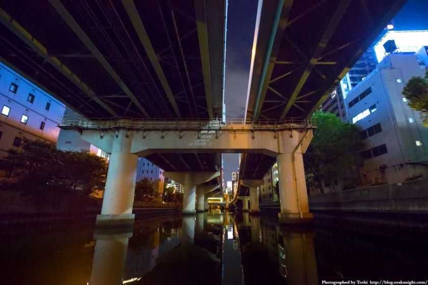 東横堀川クルーズ 阪神高速本町出口 夜景 01 2016年9月