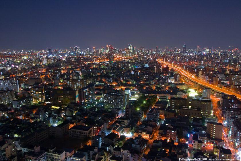 ホテル大阪ベイタワーからの夜景 梅田方面