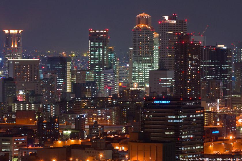 ホテル大阪ベイタワーからの夜景 梅田の高層ビル群3