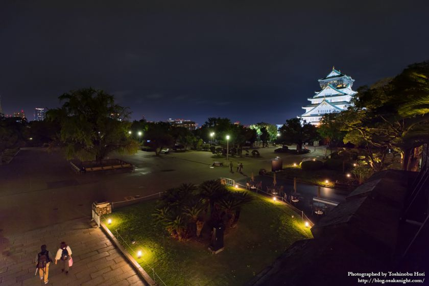 ミライザ大阪城 旧第四師団司令部庁舎 テラス 夜景 02