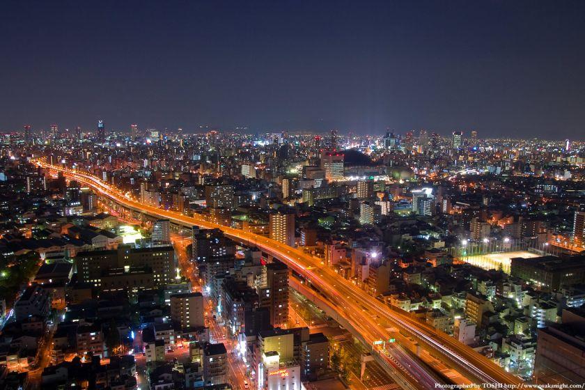 ホテル大阪ベイタワーからの夜景 難波方面