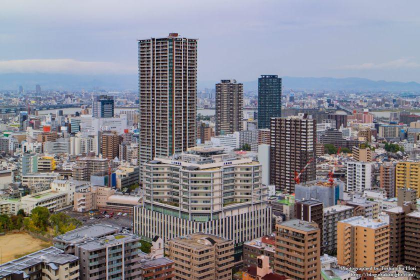 大阪国際会議場(グランキューブ大阪) 屋上 05 福島のタワーマンション群