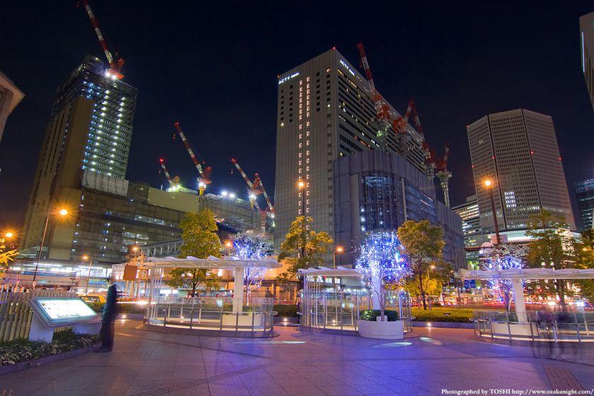 西梅田から見た大阪駅前の夜景