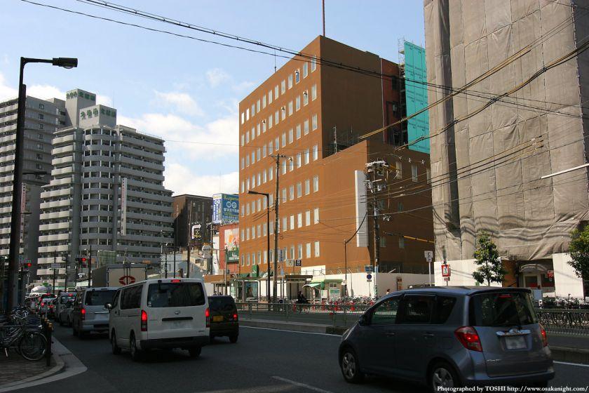 天六阪急ビル 2010年4月 01
