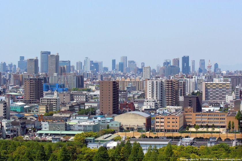 いのちの塔からの眺め 大阪都心方面 03