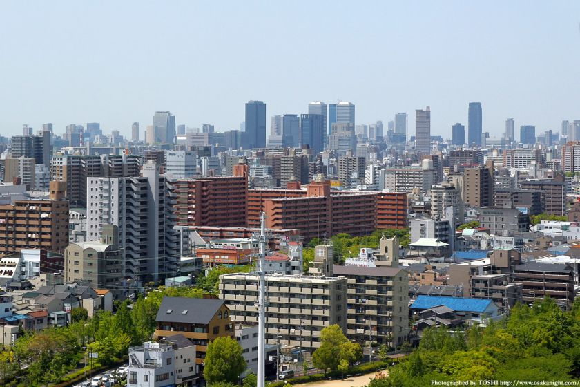 いのちの塔からの眺め 大阪都心方面 04