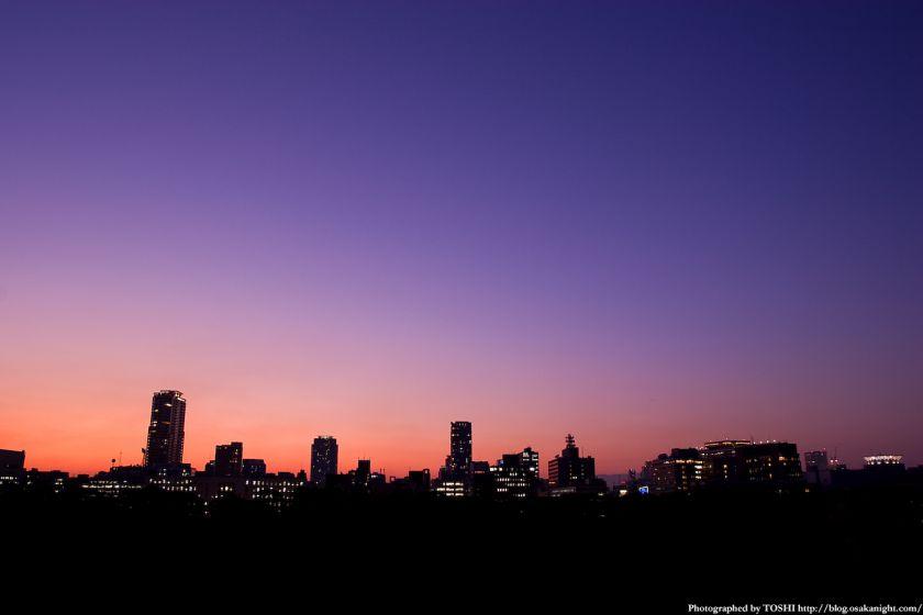 大阪城石垣からの夕景