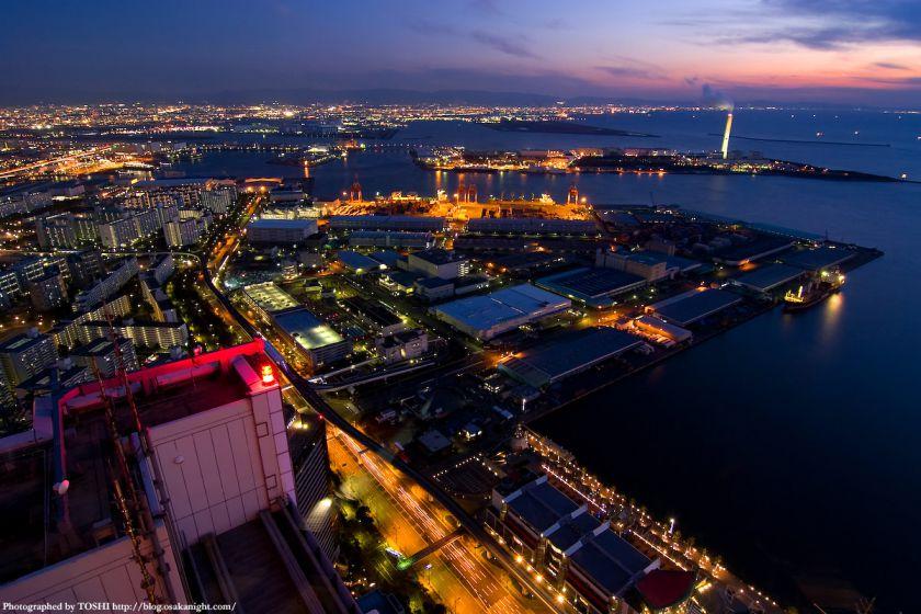 大阪ベイエリアの夕景 from WTC 02