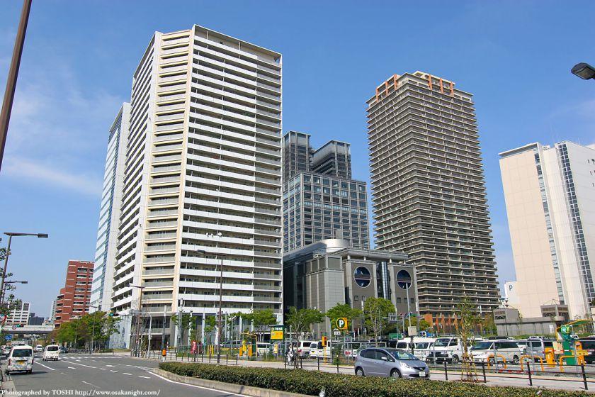 ルネッサなんば地区の高層ビル群