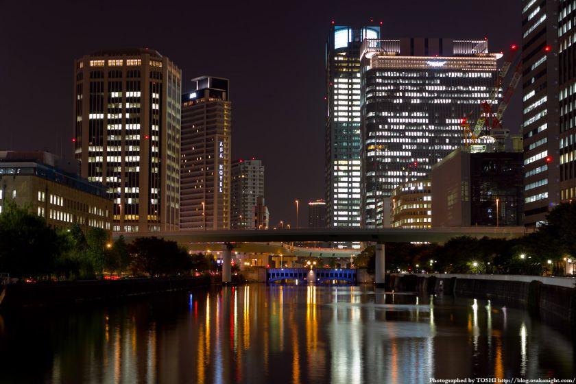 淀屋橋から西方向の夜景