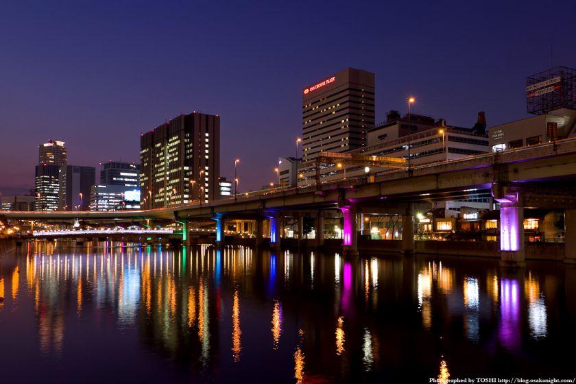大江橋から西方向の夜景