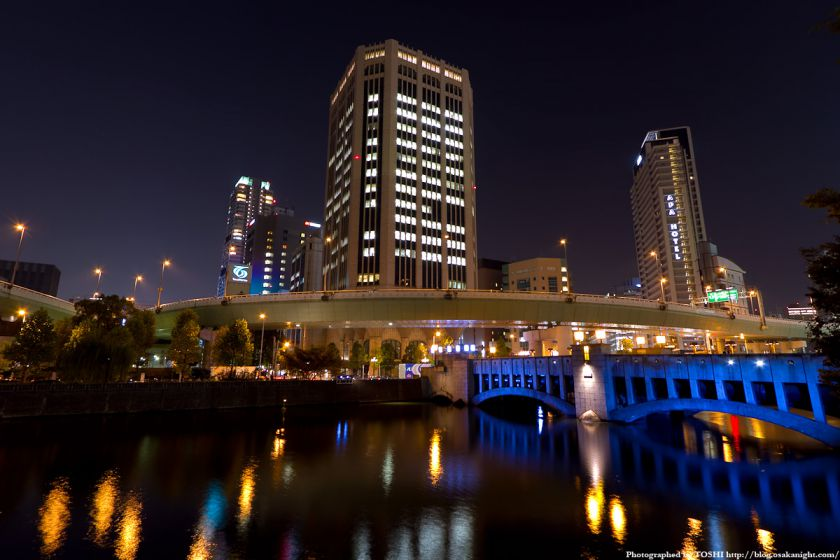 錦橋と大同生命ビル 夜景