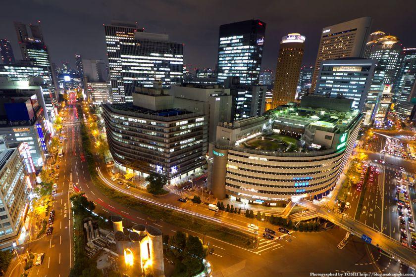 梅田阪急ビル スカイロビーから大阪駅前ダイヤモンド地区の全景