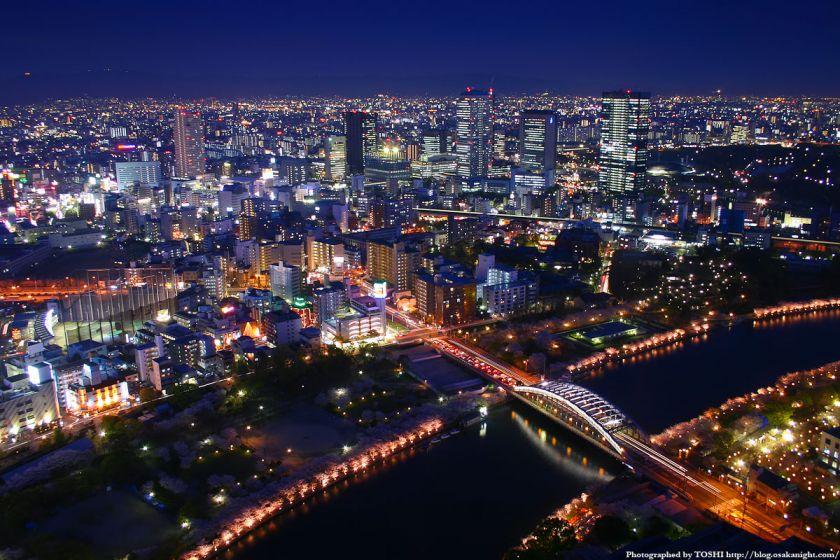 京橋駅周辺の夜景 from OAPタワー 01