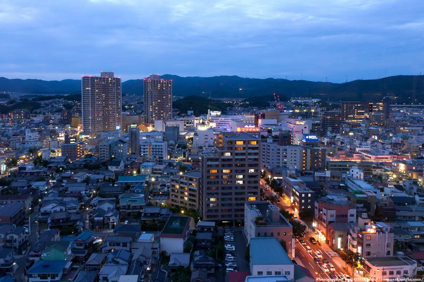 JR高槻駅周辺の夜景