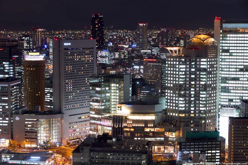 ヒルトンプラザの夜景 from 梅田スカイビル
