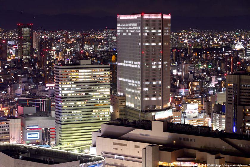 梅田阪急ビルの夜景 from 梅田スカイビル