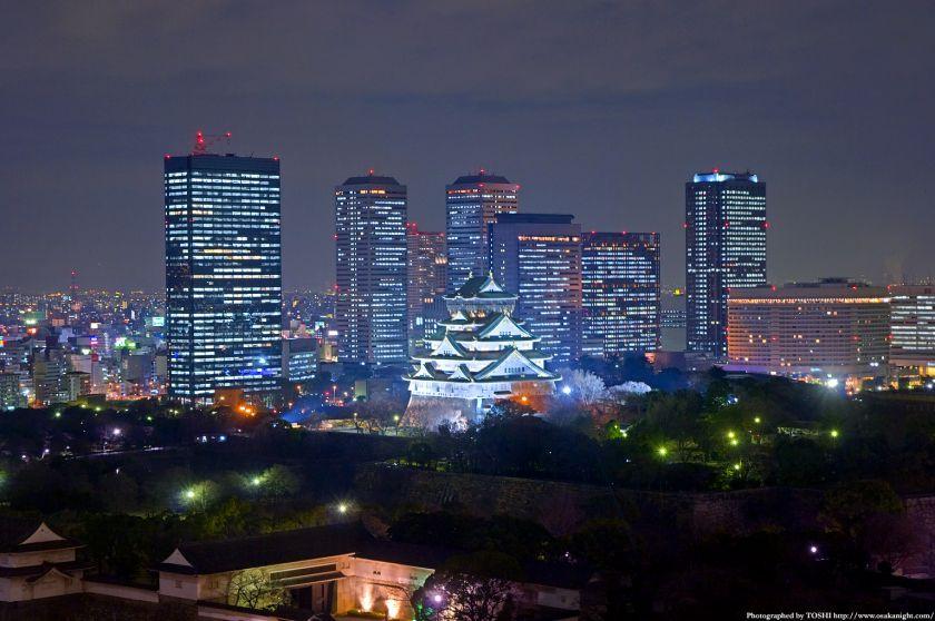 大阪城とOBPの夜景