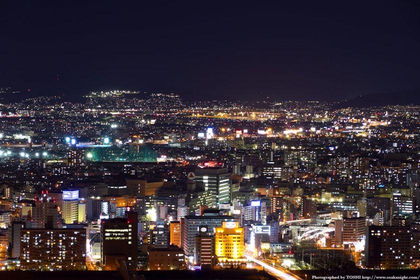 伊丹空港方面の夜景 from 梅田スカイビル