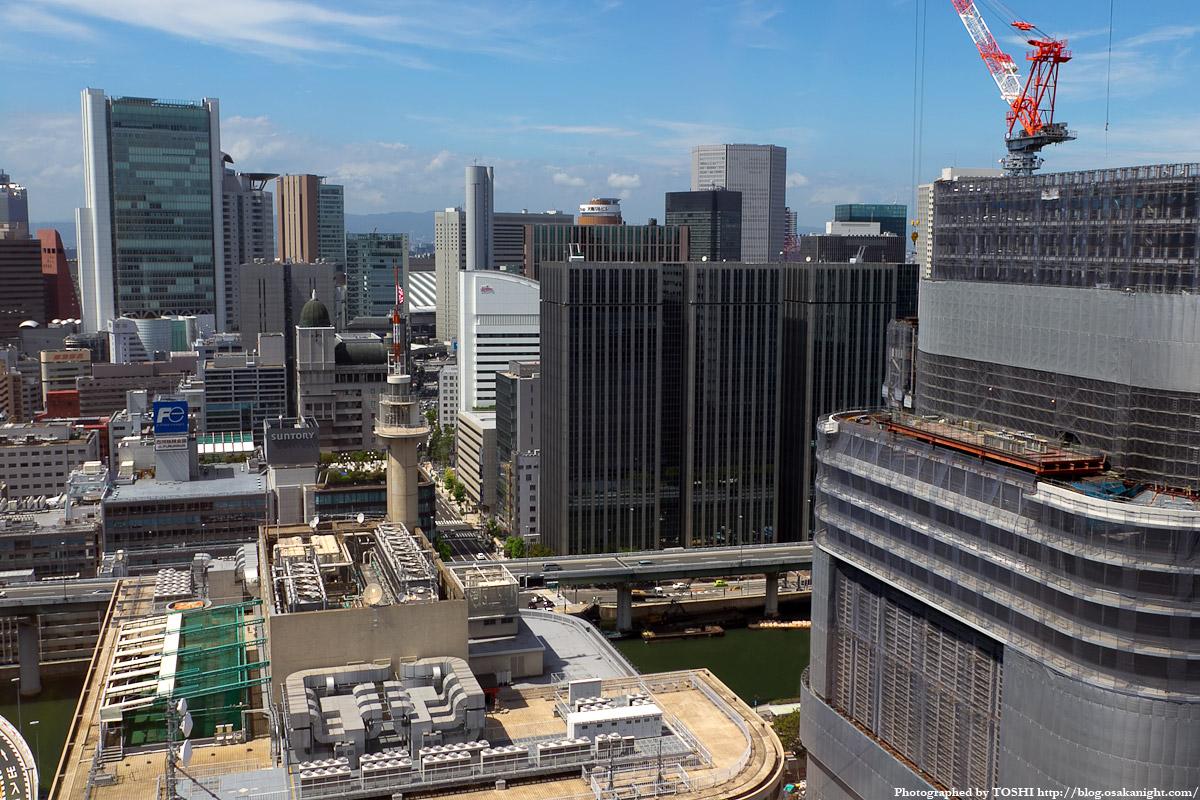 アパホテル大阪肥後橋駅前から見た梅田方面 JR大阪駅、梅田方面の眺め。ビルの隙間からは大阪ステー