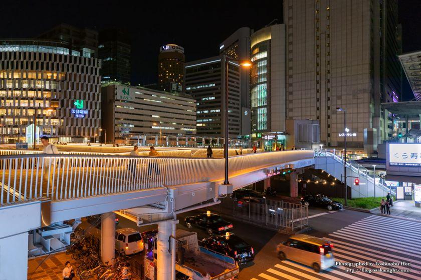 阪急阪神連絡デッキ 梅田新歩道橋 2018年6月 01