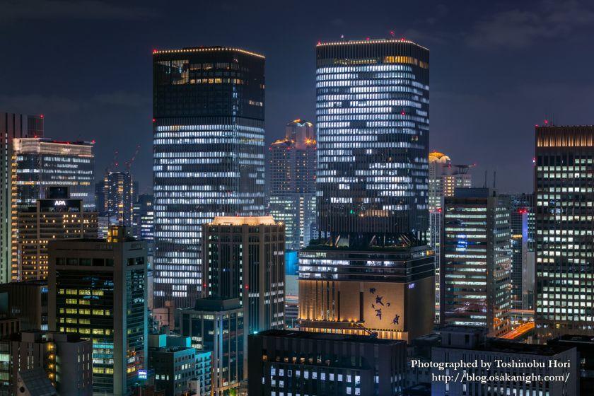 ザ・ロイヤルパークホテル・アイコニック大阪御堂筋からの夜景 中之島フェスティバルタワー