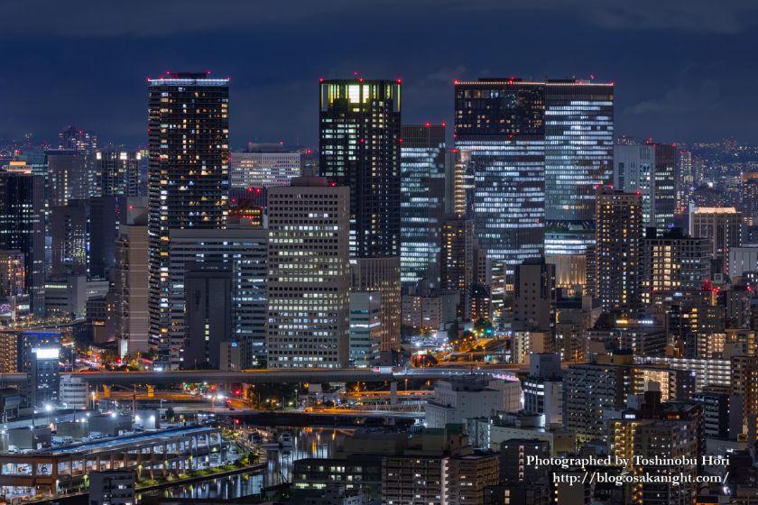 アートホテル大阪ベイタワーからの夜景 中之島の高層ビル群 2020年9月