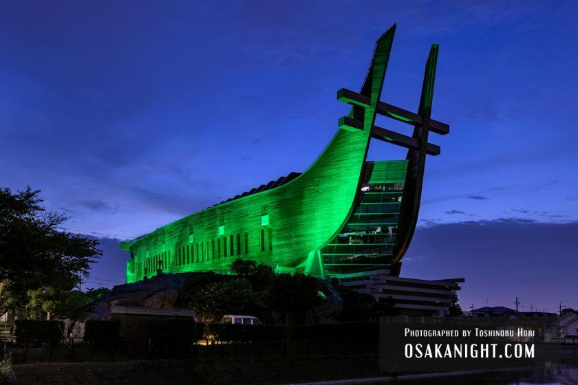 藤井寺市立生涯学習センター(アイセル シュラ ホール) ライトアップ夜景