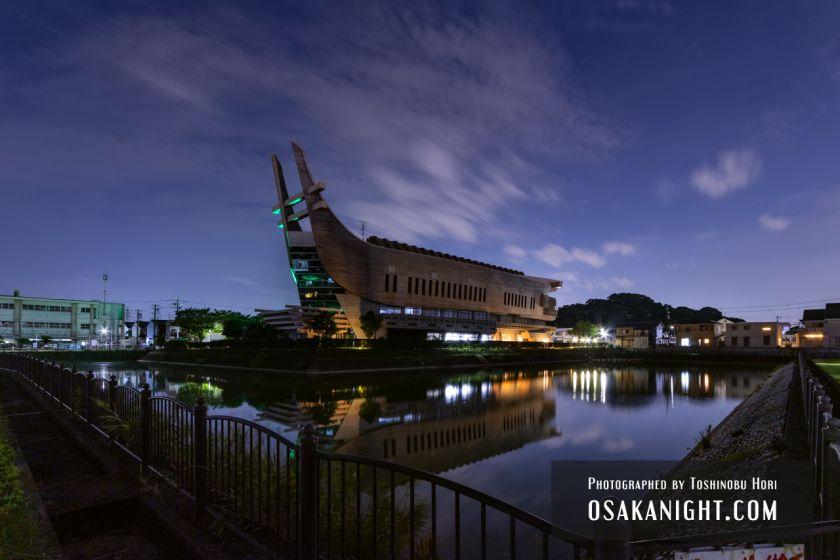 藤井寺市立生涯学習センター(アイセル シュラ ホール) ライトアップ夜景 2021年7月 10