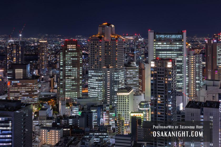 コンラッド大阪からの夜景 梅田の高層ビル群 03