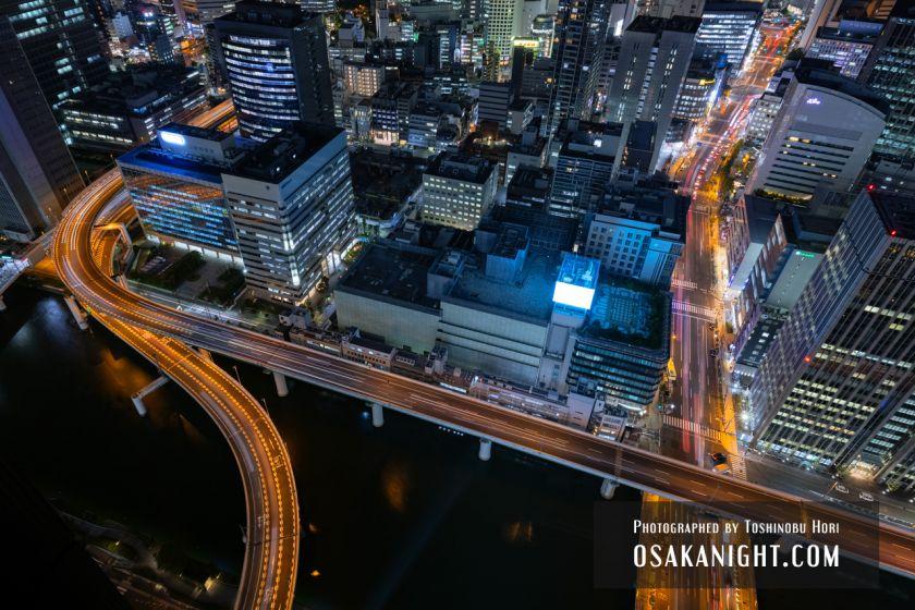 コンラッド大阪からの夜景 四つ橋筋と阪神高速池田線 02