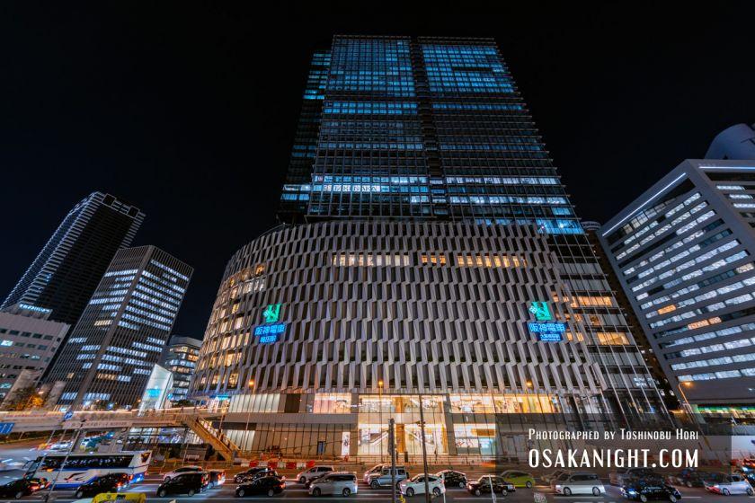 阪神梅田本店2期 建て替え先行オープン 外観夜景 2021年10月 03