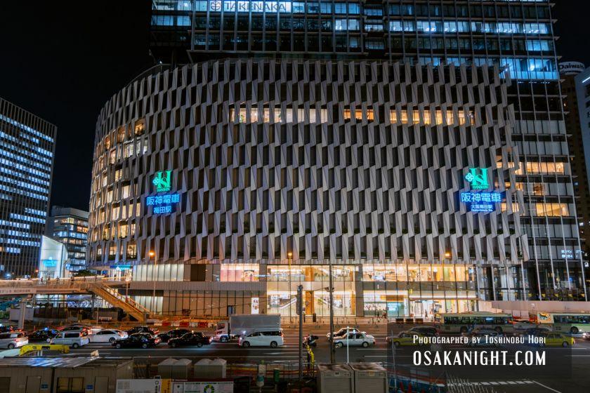 阪神梅田本店2期 建て替え先行オープン 外観夜景 2021年10月 04